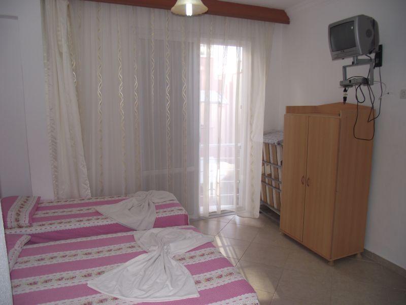 Hayat Motel Odalarımız 12